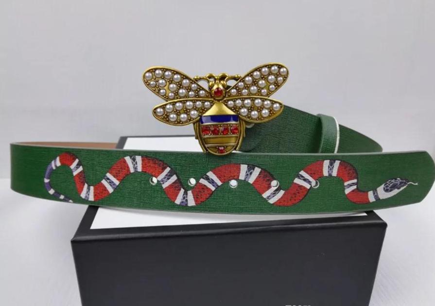 Cinturon piel Queen Bee, elegante.